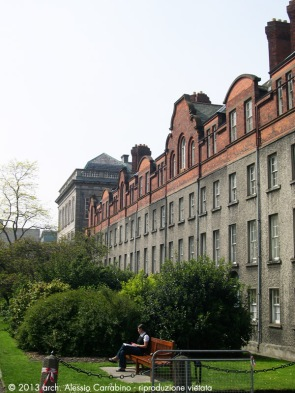 Prospetto del Rubrics su New Square.