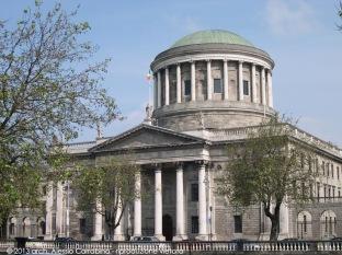 Four Courts, ospita le corti supreme di giustizia in Irlanda.