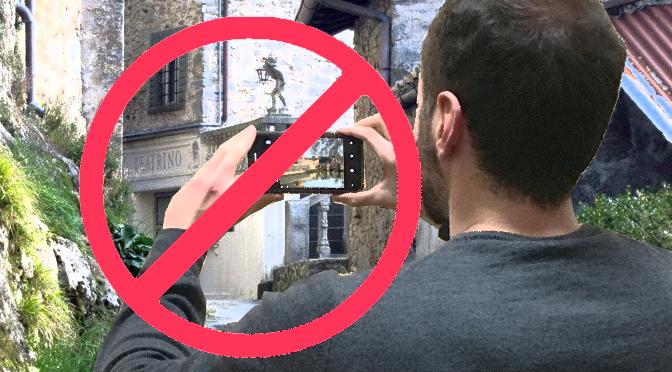 IL TEATRINO DI VETRIANO: Ha ancora senso vietare di fotografare opere di architettura?